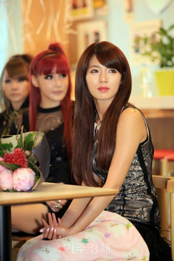 [Fotos] HyunA en los '2011 YouTube Kpop Awards' [22-11-11 ...